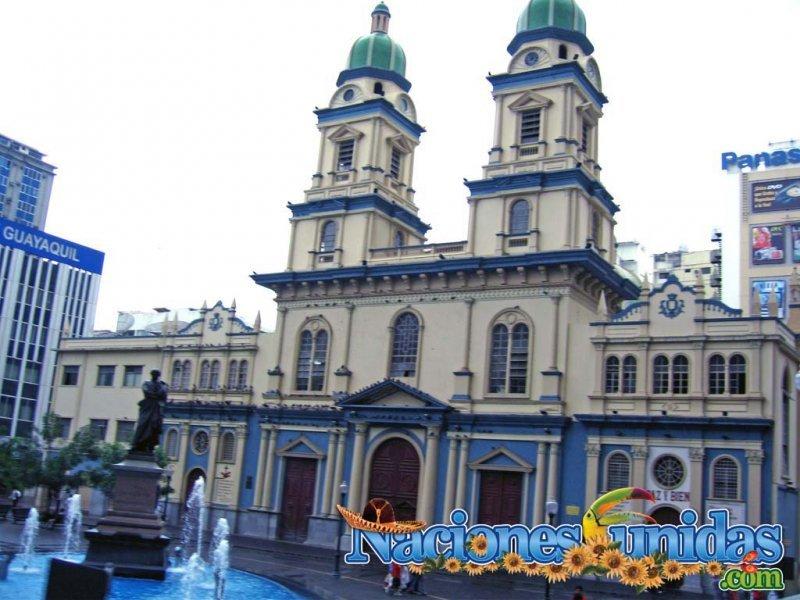 iglesia de san francisco en guayaquil